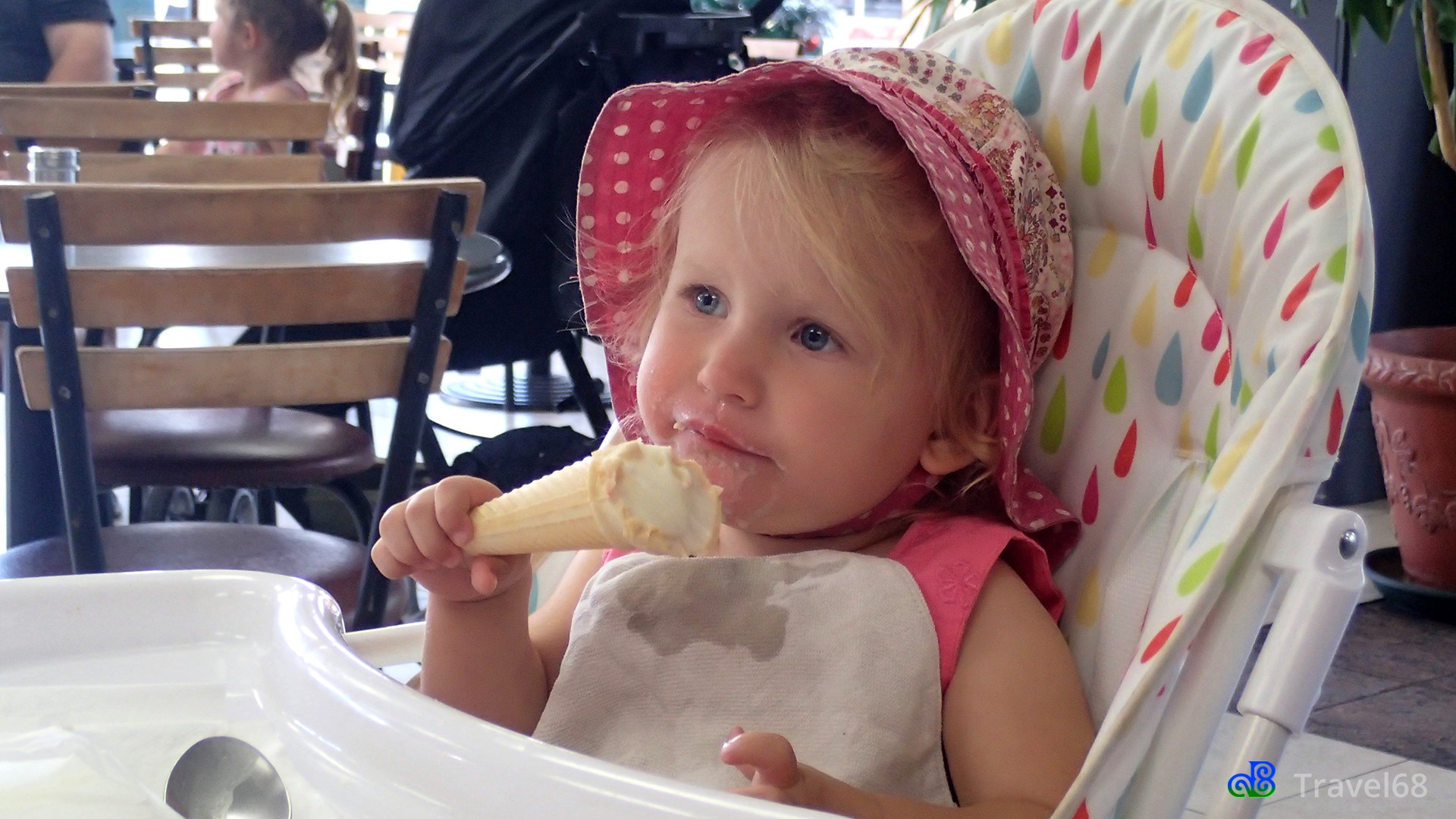 I eet een ijsje