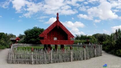 Hat Maori dorp in de Hamilton Gardens (Te Parapara Garden)