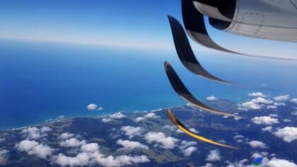 Uitzicht over Nieuw-Zeeland blijft altijd mooi en grappig effect door foto met mobieltje te maken